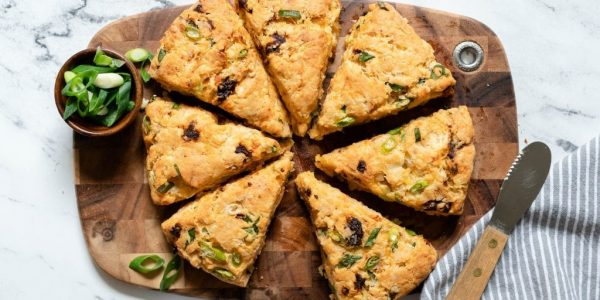 Gluten-Free-Scones-with-Sun-Dried-Tomatoes-and-Cheddar-3-1024x683